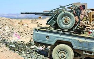 مصادر مطلعة..قوات الحوثي تقطع خطوطَ الإمداد على قوات التحالف من مارب